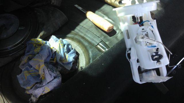 Замена бензонасоса на BMW E46 316 Ti